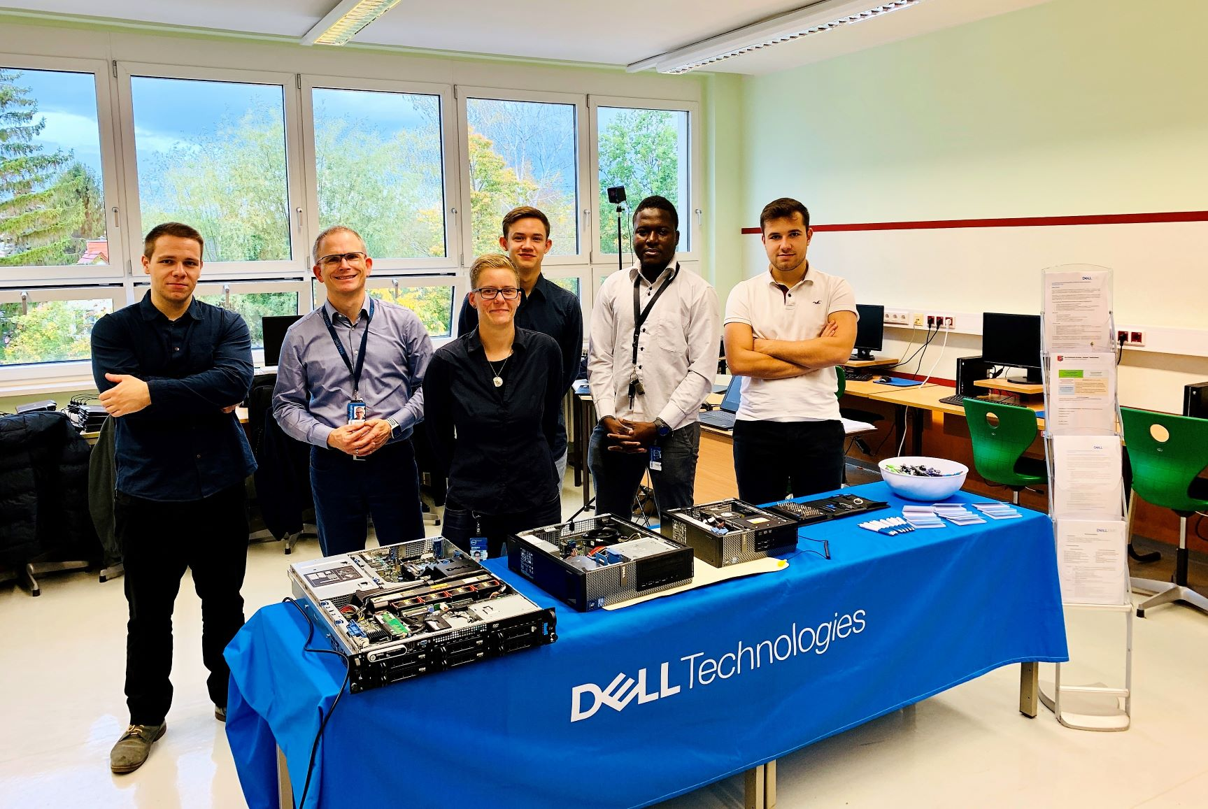Dell Technologies @ School.